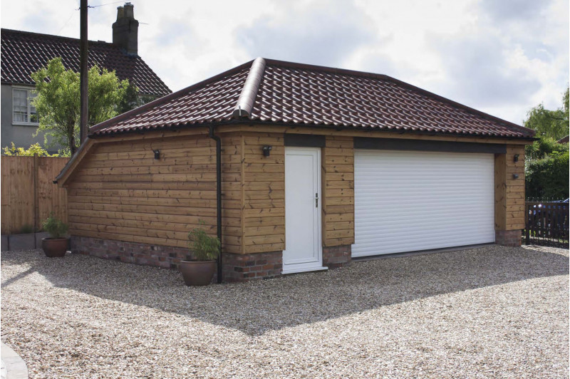 Garages & outbuildings